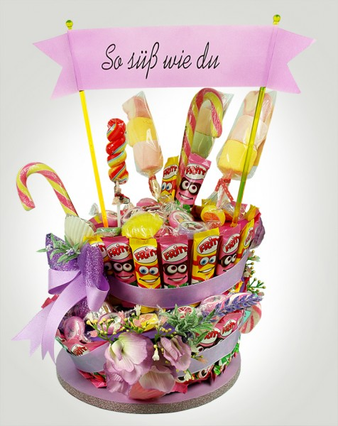 Lila Geburtstagstorte